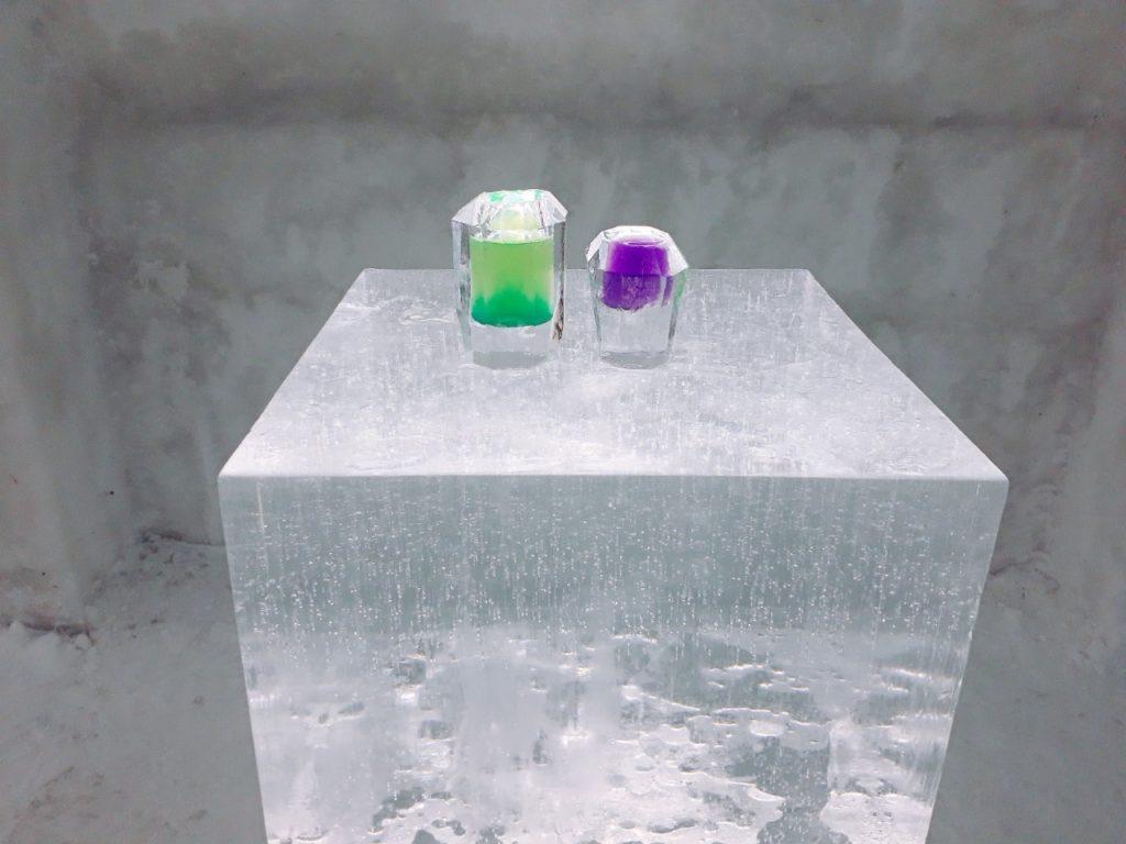 しかりべつ湖コタンで楽しめる氷のグラスについて